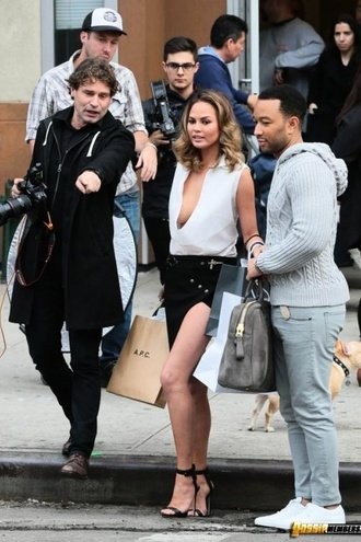 Chrissy Teigen Upskirt And Side Boob Flash