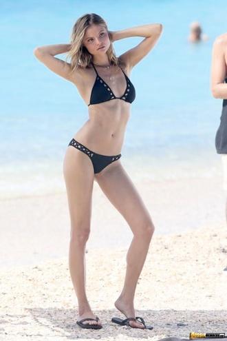 Sexy Magdalena Frackowiak Posing In Bikinis