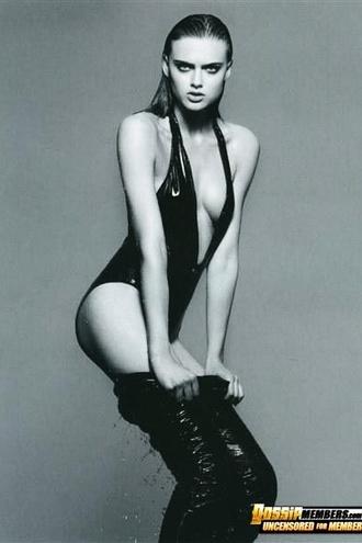 Fresh Faced Model Zuzana Gregorova Is High Fashion Hot In Photos