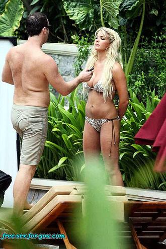 Gemma Atkinson Hot Body In A Bikini