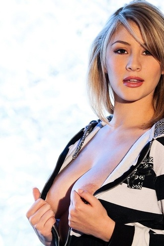 Dalia Dayze Busting Out Of Her Top