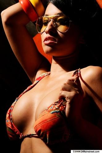 Stunning Busty Lana Lopez