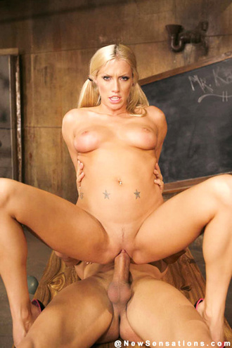 Cassie Young Gets A Deep Pussy Poundin