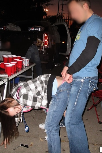 Hot Real College User Submitted Fucking Babes Strip And Fuck In These Crazy College Parties