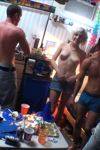 Check Out These Hot Smoking Babes Fuck Eachother In These College Dorm Room 3some Sex Partys