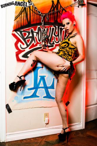 Tattooed Emo Slut Jessie Lee Strips