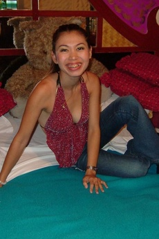 Thai Barslut Posing In Her Gogo Outfit