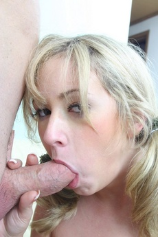 Blonde Babe Sucking