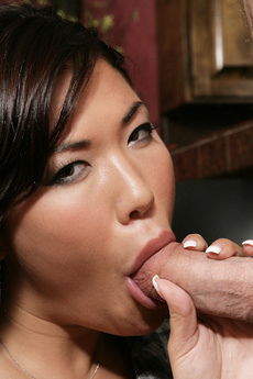 Sexy London Keyes Show Her Neighbor Her Big Tits Before Taking His Cock In Her Mouth All The Way To The Balls.
