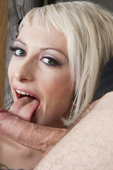 Jessie Lee Gets Fucked By Wolf Hudson