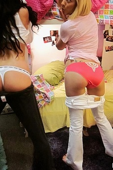 Banging Hot Ass Real Dorm Room Sex Party Hot Amateur Group Sex Pics
