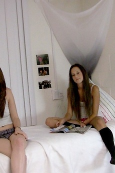 Hot Fucking Lesbian College Babes Finger Fuck Eachother Hard In These Hot College Room Fuck Pics