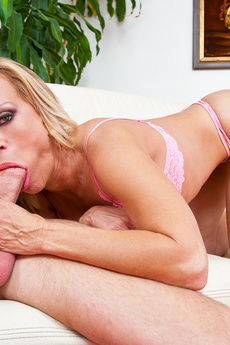 Amber Lynn Gets Her Pussy Pounded By A Young Stud