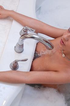 Nikki In The Bathtub
