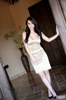 Bryci Takes Off Her Sexy Dress With No Bra Or Panties!