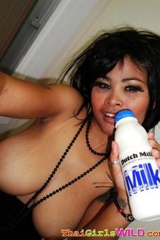 Big Natural Tit Thai Freelancer Shows Milk Does A Body Good