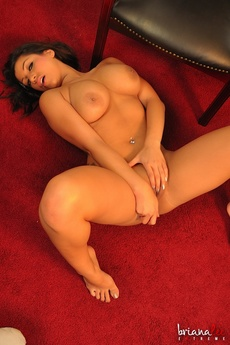 Briana Lee Extreme Spread And Ready