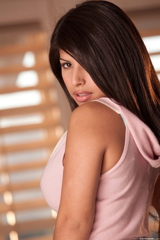 B Ig Titted Layla Rose