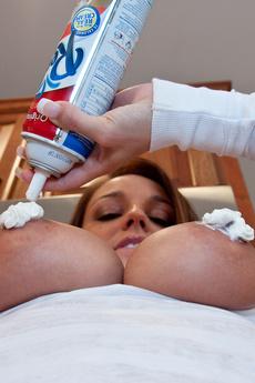 Hot Nikki Licks Whipped Cream