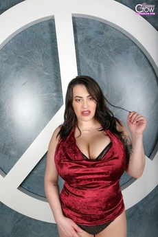 Leanne Crow   Red Satin Peace   Set 1