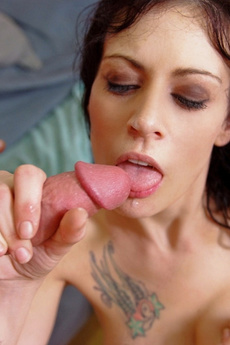 Vanessa Naughty Demonstrates How To Take Cock From Behind
