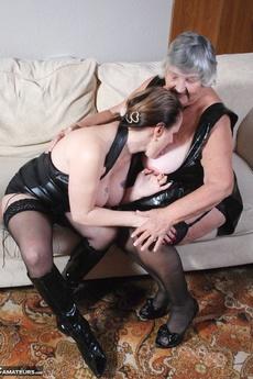 Libby & Ann