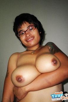 Big Natural Tit Thai Girlfriend Sucks Cock Before A Creampie