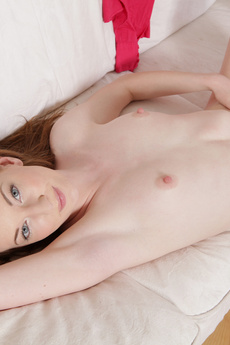 Gorgeous Ginger Sweets Passionately Touches Her Pussy Lips On The Sofa