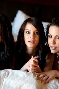 Bryci, Katie Banks, And Talia Shepard Get It On!