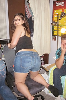 Crazy Hot Sexy Teens Banged Hard In These Hot Fucking Dorm Room Sex Party Pics