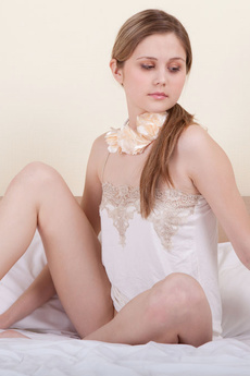 Perfect Nude Teenie