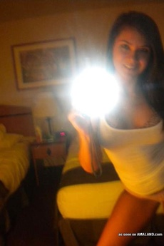 Busty Amateur Babe&#039,S Hot Selfpics picture 7