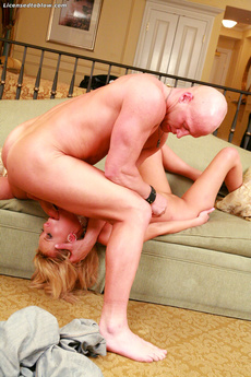 Busty Girls Like Carly Parker Love Big Dicks In Their Mouths picture 7