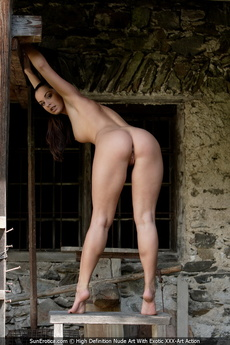 Sexy Babe Elena Gives Us An Opportunity To See Her Amazing Body With Shavd Pussy And Cute Tits picture 10