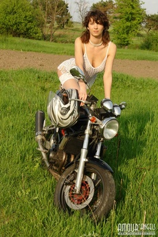 Kate Moto picture 7