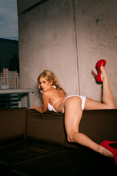 Playboy Plus Is On Set With Lauren Elise To Shoot  picture 3